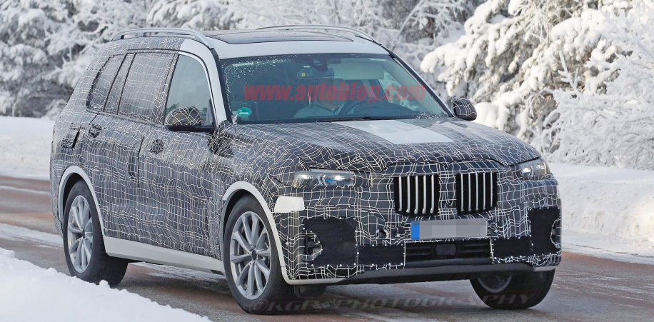 2019 BMW X7 SUV spied, with its big grille partially obscured