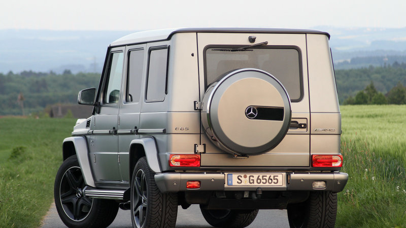 Mercedes recalls V12 G-Wagens for hitting unsafe speeds — in reverse