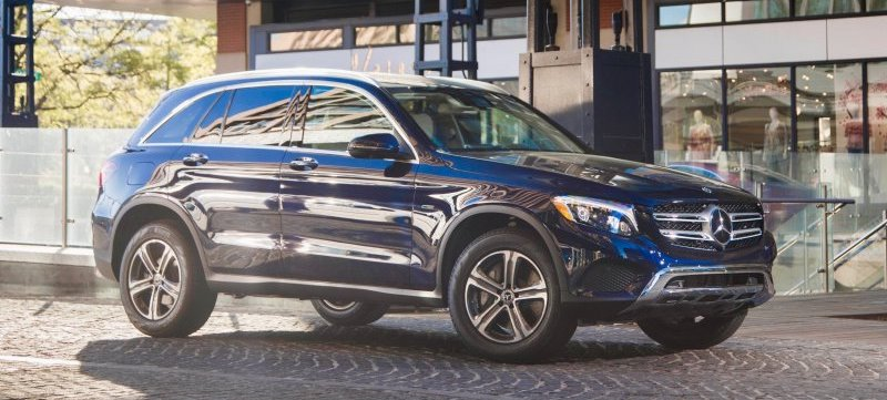 2020 Mercedes-Benz GLC 350e 4MATIC EQ Power touts bigger battery pack