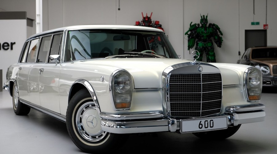 "Mercedes-Benz 600 Pullman ""Maybach Restomod"" Blends Old With New"
